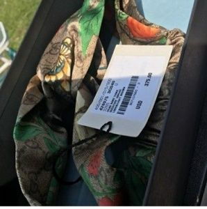 Accessories - Authentic Gucci Tian Headband